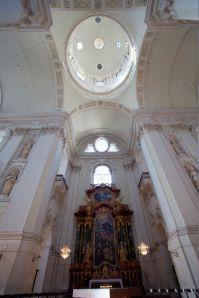 681px-Salzburg_Kollegienkirche_main_vault