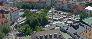 800px-Viktualienmarkt_Aerial_View_in_Munich