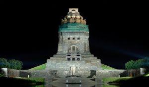 800px-Völkerschlachtdenkmal_Leipzig_under_restoration_(aka)