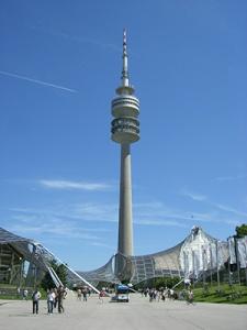 Munchen_-_Olympiaturm_3