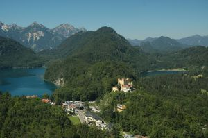 1280px-Hohenschwangau_Castle_and_Village