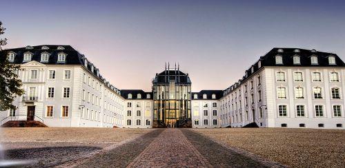 1024px-Schloss_Saarbruecken,_HDR