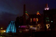 1280px-Völklingen_Ironworks_by_night