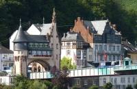 1280px-Brückentor_in_Traben-Trarbach_(Ortsteil_Trarbach) (2)